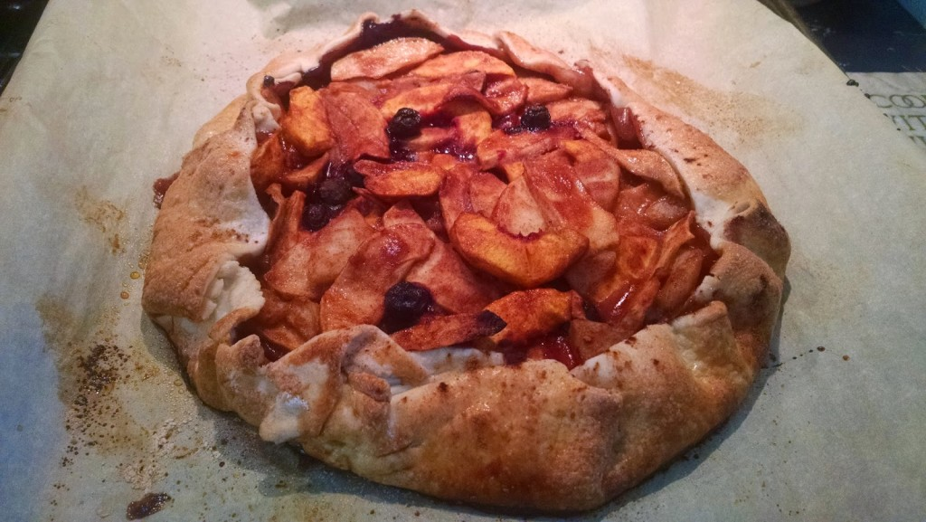 Kitchen Sink Fruit Crostata