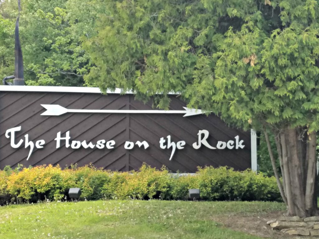 The House On The Rock | Meemaw Eats