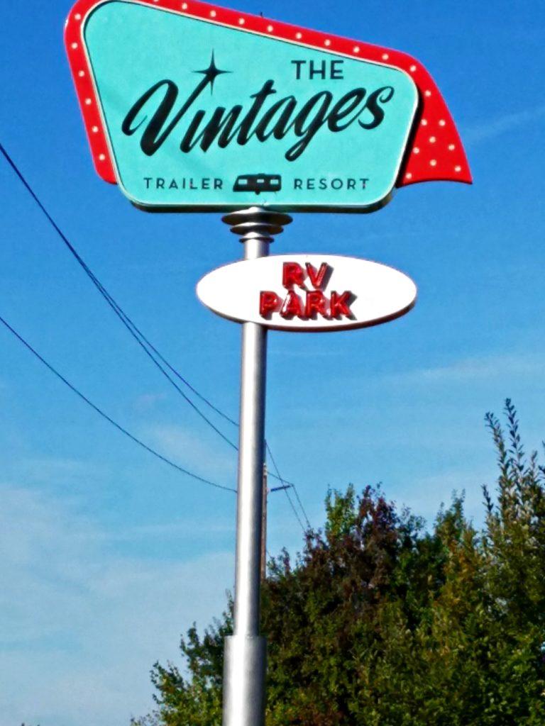 Vintage Trailer Resort >> The Vintages Trailer Resort Dayton Oregon Meemaw Eats