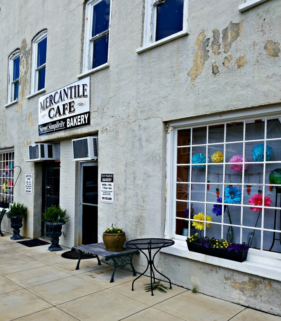 Manchester Tennessee – The Mercantile Cafe (And Our Brush With the Law!)!