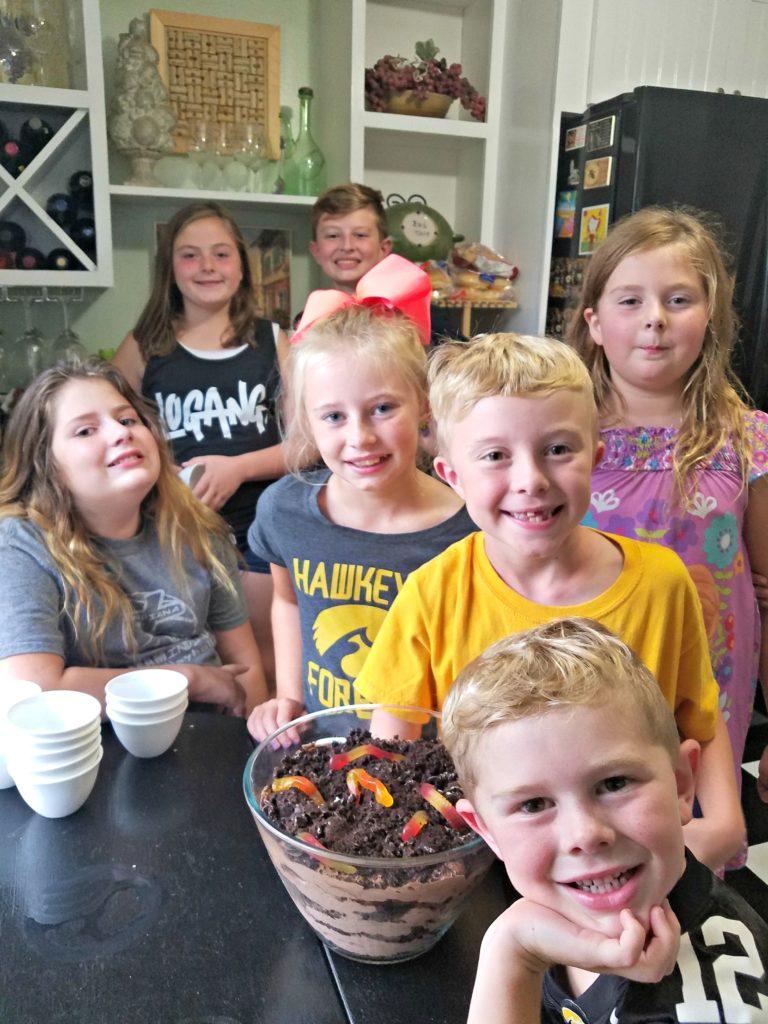 Dirt Pudding | Meemaw Eats