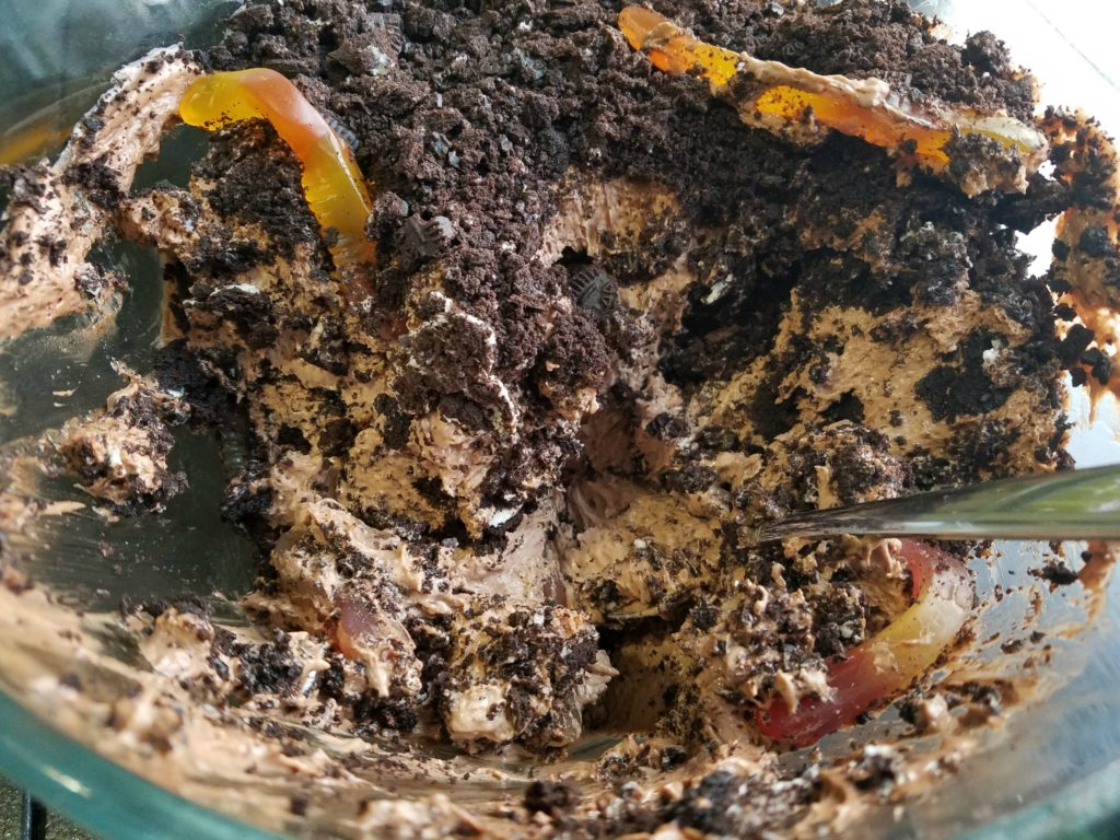 Dirt Pudding | Meemaw Eats