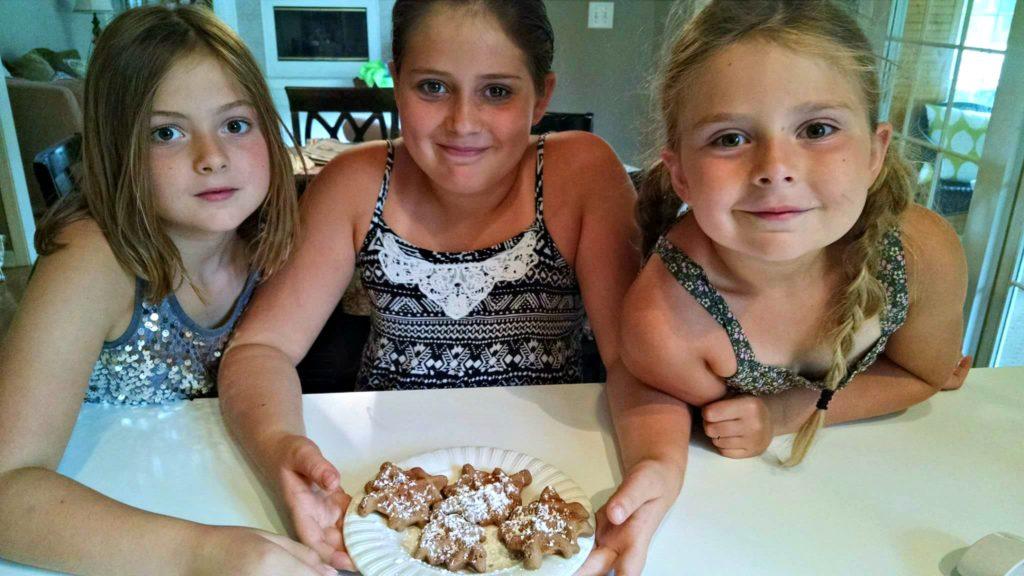 Kids In The Kitchen | Meemaw Eats